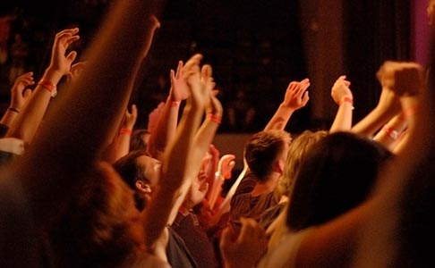 Active congregation worship = the best form of corporate worship!